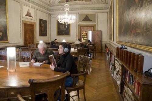 Il suono della lingua, Sala dei dizionari, Biblioteca, Fondazion